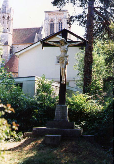 Calvary Cross Memorial (Outside)